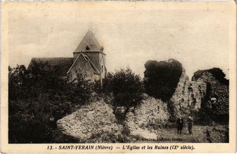 Carte postale ancienne Saint-Verain L'Eglise et les Ruines Nievre à Saint-Vérain