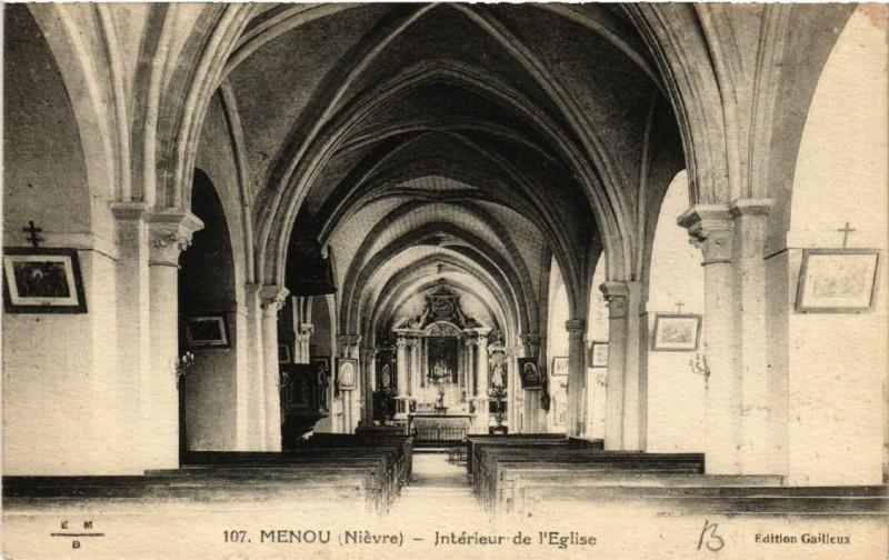 Carte postale ancienne Menou - Interieur de l'Eglise à Menou