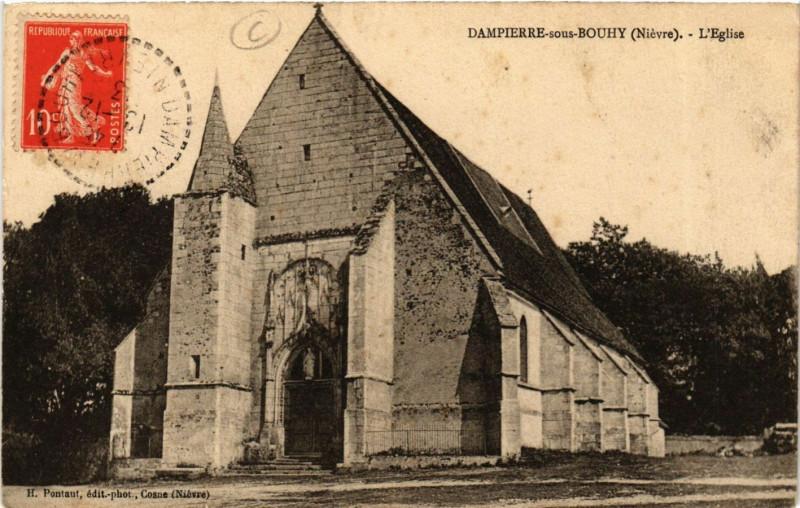 Carte postale ancienne Dampierre sous Bouhy-L'Eglise à Dampierre-sous-Bouhy