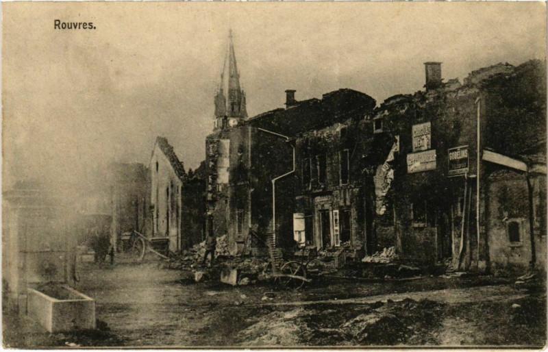 Carte postale ancienne Rouvres-en-Woevre - Rouvres - Town Scene - Ruines à Rouvres-en-Woëvre