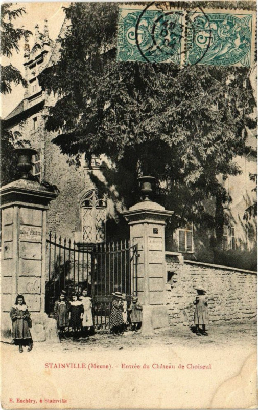 Carte postale ancienne Stainville - Entrée du Chateau de Choiseul à Stainville