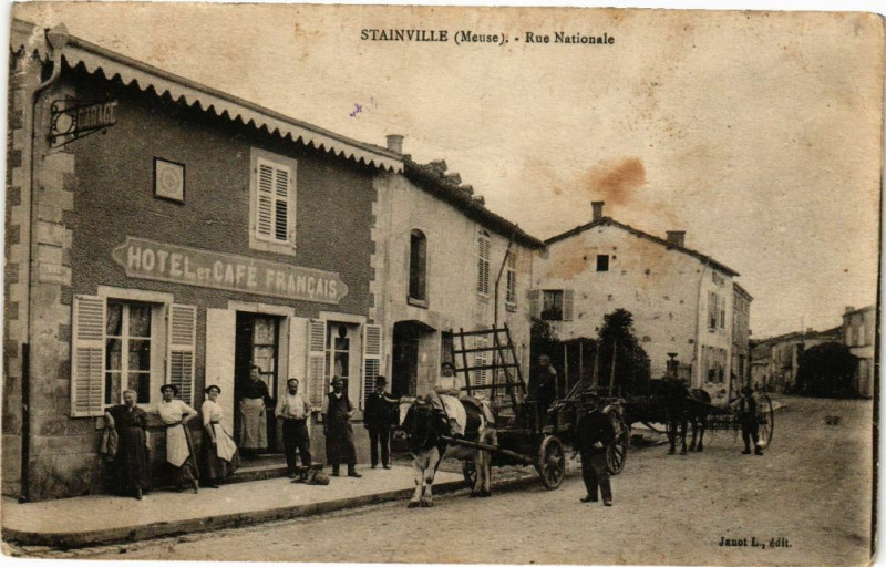 Carte postale ancienne Stainville-Rue Nationale à Stainville