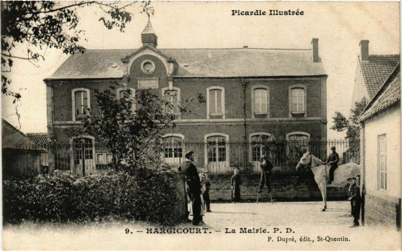 Carte postale ancienne Hargicourt La Mairie à Hargicourt