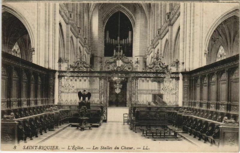 Carte postale ancienne Saint-Riquier Eglise Les Stalles du Choeur à Saint-Riquier