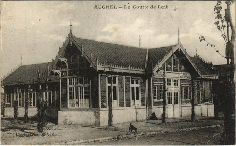 Carte postale ancienne Auchel - La Goutte de Lait à Auchel