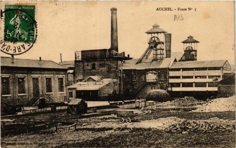 Carte postale ancienne Auchel Fosse No. 5 à Auchel