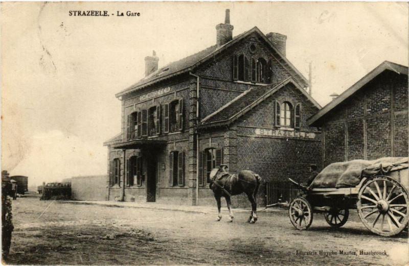 Carte postale ancienne Strazeele La Gare à Strazeele
