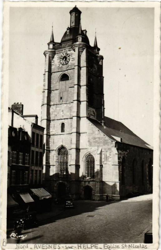 Carte postale ancienne Avesnes-sur-Helpe - L'Eglise Saint-Nicolas (Mon. hist.) à Avesnes-sur-Helpe