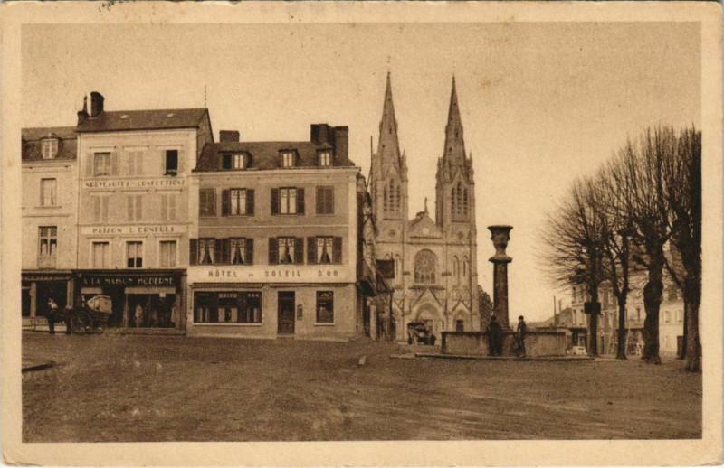 Carte postale ancienne Vimoutiers Place Cour aux Mours à Vimoutiers