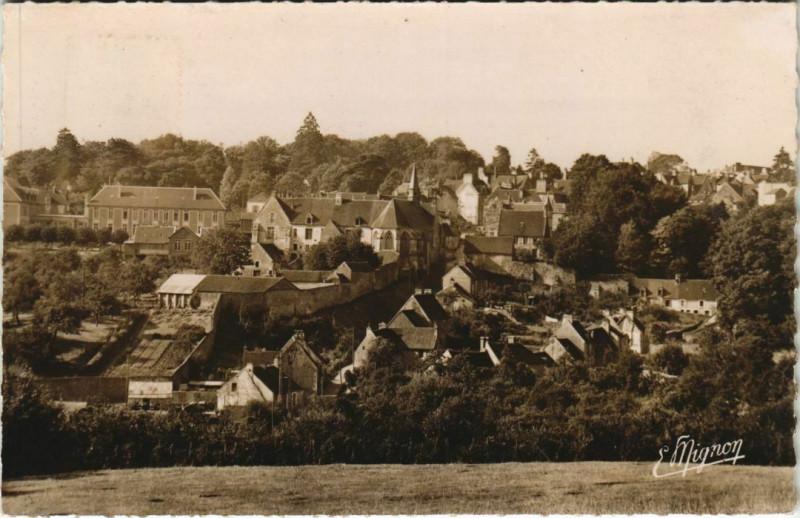Carte postale ancienne Mortagne-au-Perche Panorama sur l'Hopitel le Cloitre et la Ch à Mortagne-au-Perche