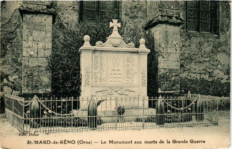 Carte postale ancienne Saint-Mard-de-Réno (Orne) - Le Monument aux morts de la Grande Guerre à Saint-Mard-de-Réno