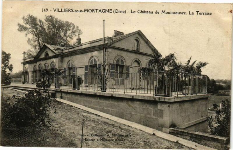 Carte postale ancienne Villiers-sous Mortagne - Le Chateau de Moulisseuvre - La Terrasse à Villiers-sous-Mortagne