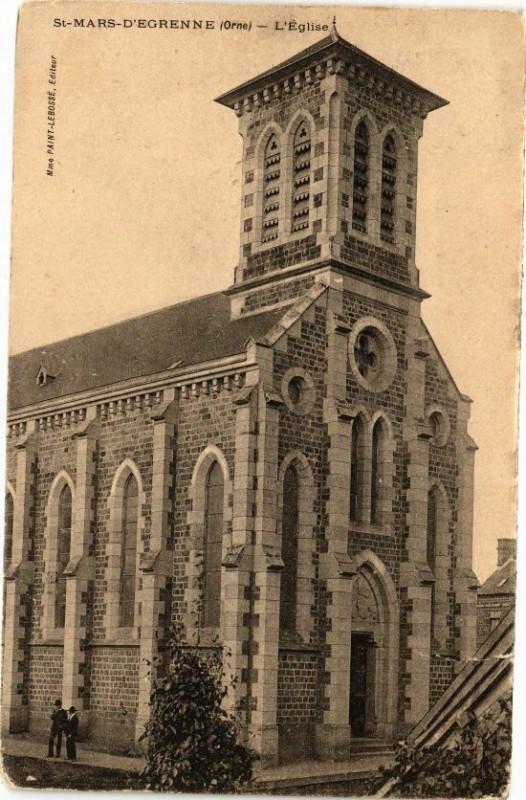 Carte postale ancienne Saint-Mars-D'Egrenne - L'Eglise à Saint-Mars-d'Égrenne