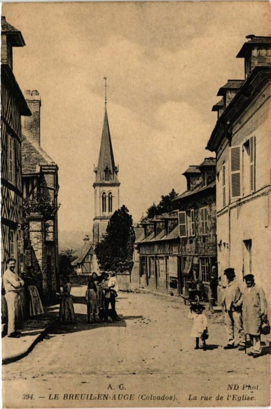 Carte postale ancienne Le Breuil en Auge - La Rue de l'Eglise au Breuil-en-Auge