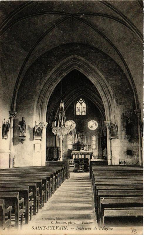 Carte postale ancienne Saint-Sylvain - Intérieur de l'Eglise à Saint-Sylvain