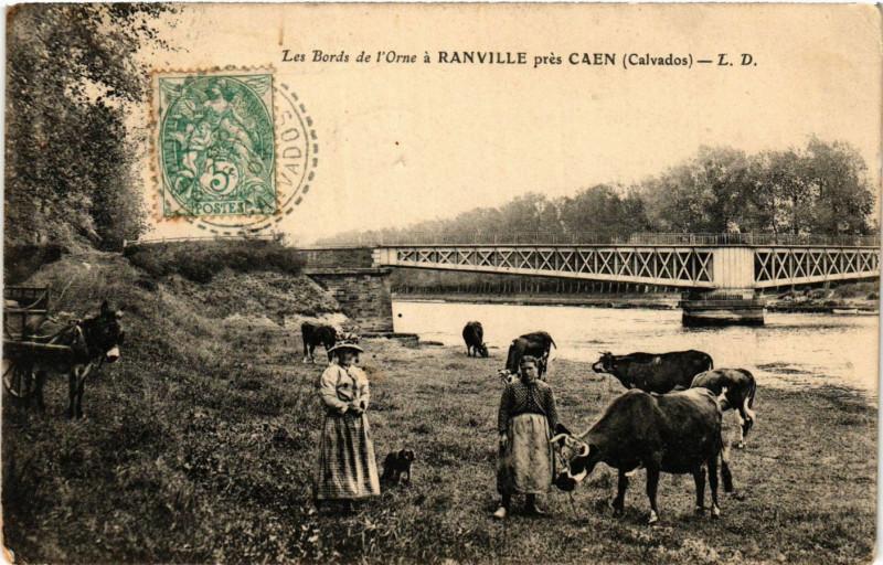 Carte postale ancienne Ranville - Les Bords de L'Orne a Ranville pres Caen à Ranville