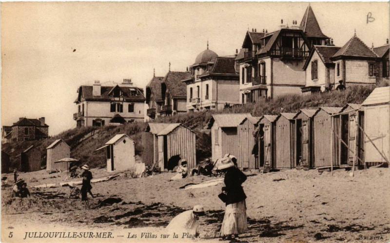 Carte postale ancienne Jullouville - Jullouville-sur-Mer - Les Villas sur la Plage à Jullouville