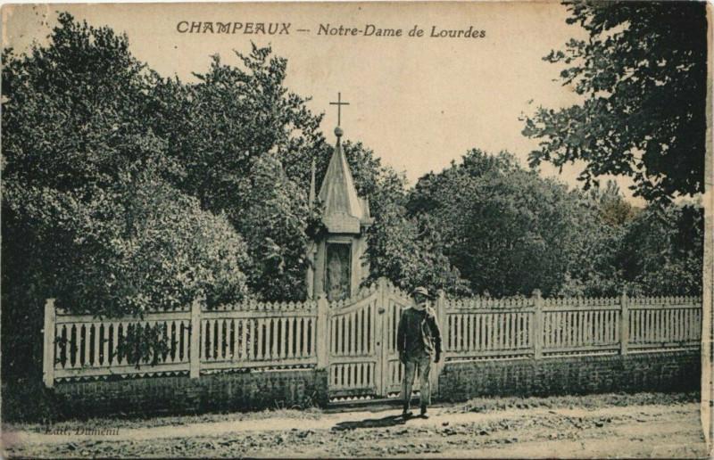 Carte postale ancienne Champeaux - N.-D. de Lourdes à Champeaux