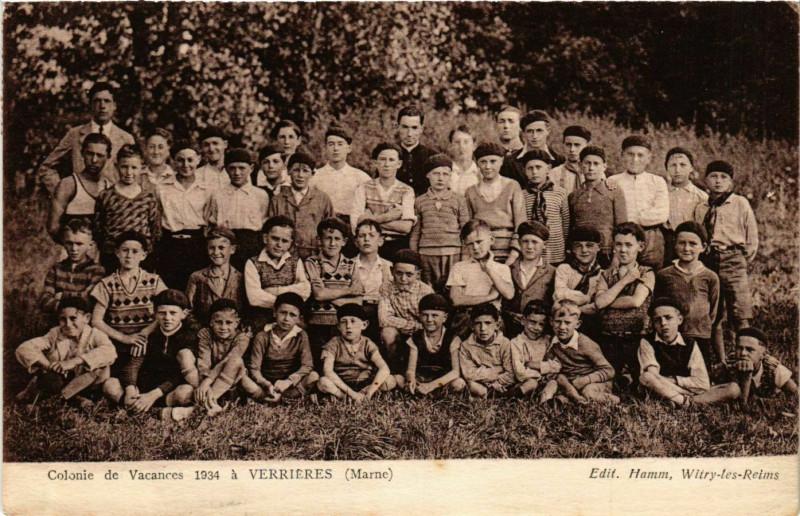 Carte postale ancienne Colonie de Vacances 1934 a Verrieres à Verrières