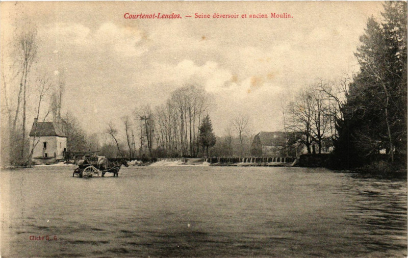 Carte postale ancienne Courtenot-Lenclos - Seine déversoir et ancien Moulin à Courtenot