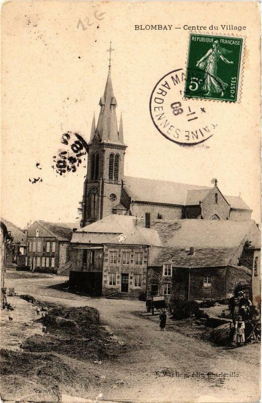 Carte postale ancienne Blombay Centre du Village à Blombay