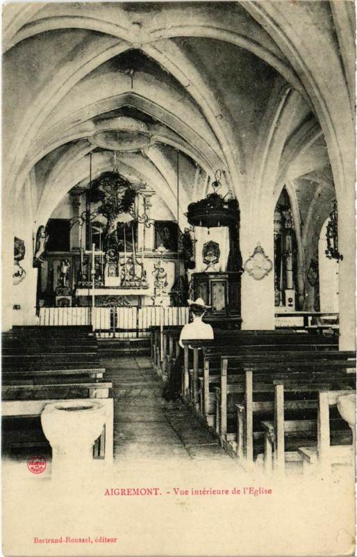 Carte postale ancienne Aigremont - Vue interieure de l'Eglise à Aigremont