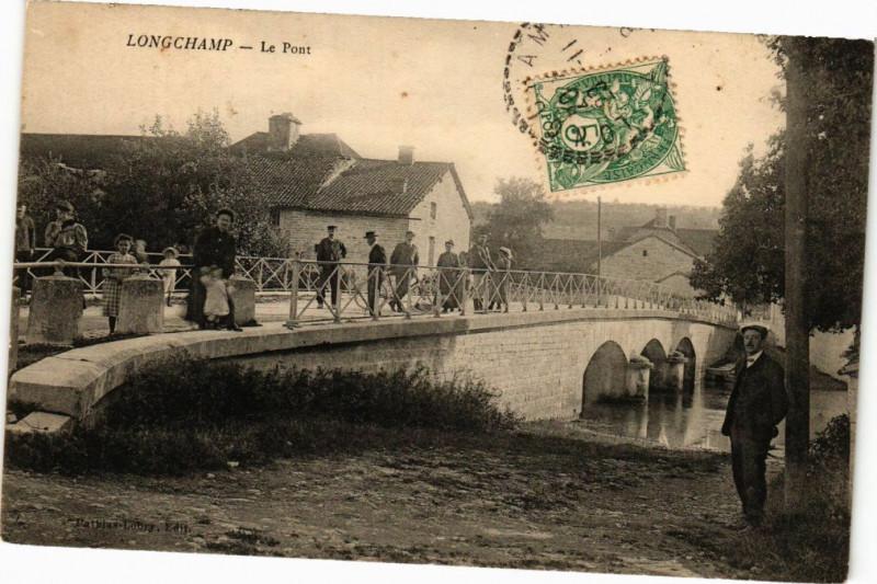 Carte postale ancienne Longchamp - Le Pont à Longchamp