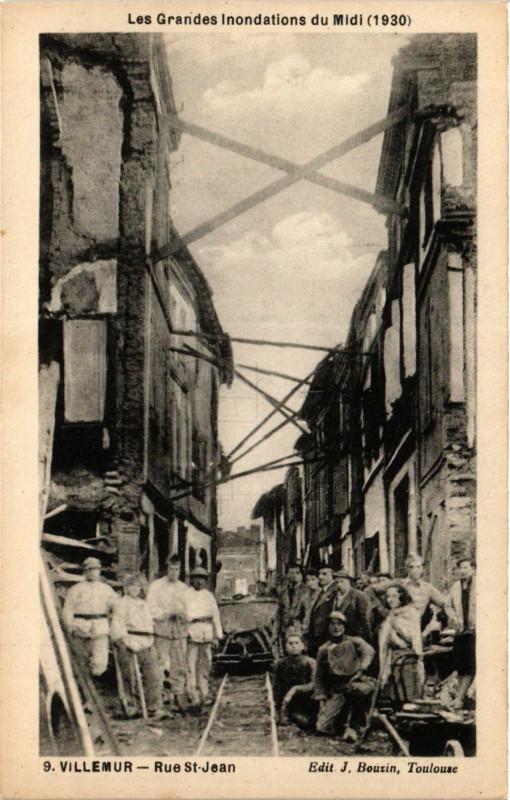 Carte postale ancienne Villemur Rue Saint-Jean à Villemur
