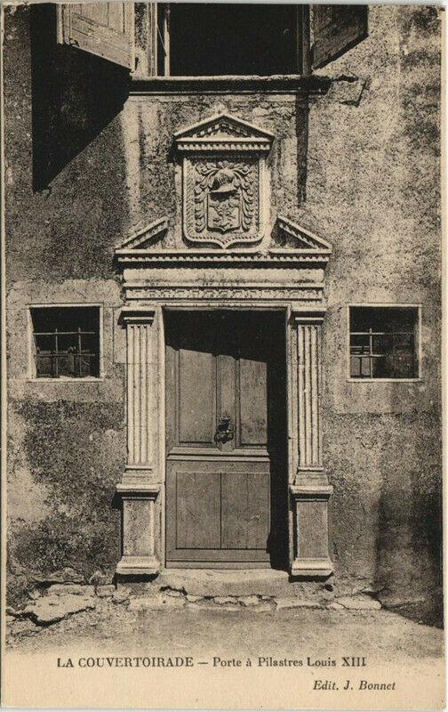 Carte postale ancienne La Couvertoirade - Porte a Pilastres Louis à La Couvertoirade