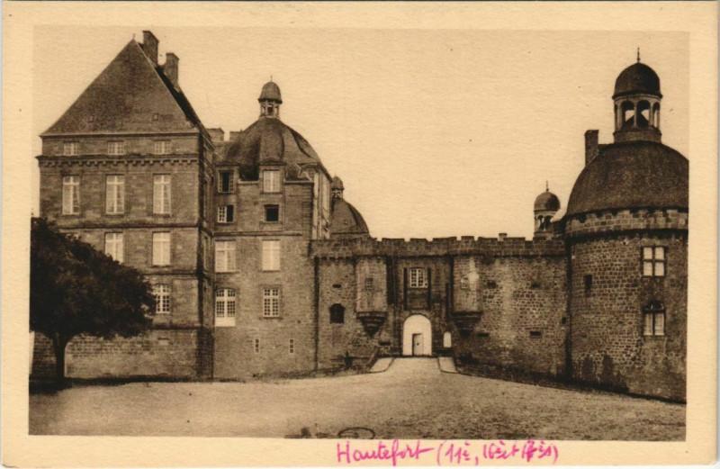 Carte postale ancienne Chateau d'Hautefort à Hautefort