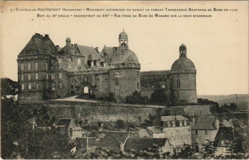 Carte postale ancienne Chateau de Hautefort à Hautefort