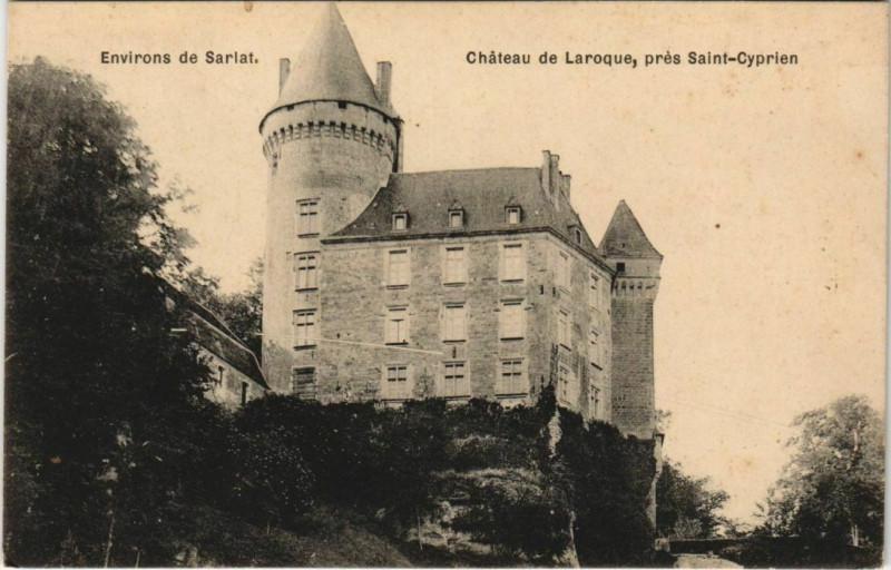 Carte postale ancienne Chateau de Laroque - pres Saint-Cyprien - Environs de Sarlat à Saint-Cyprien