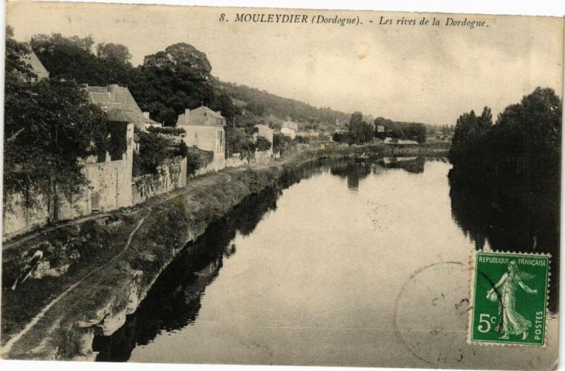 Carte postale ancienne Mouleydier-Les rives de la Dordogne à Mouleydier