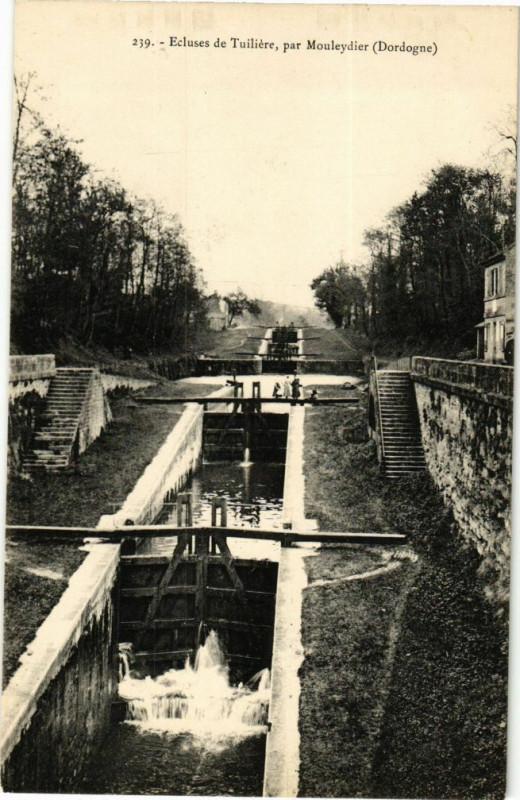 Carte postale ancienne Ecluses de Tuilieres pa Mouleydier à Mouleydier