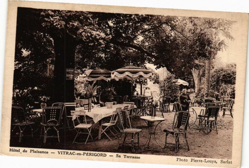 Carte postale ancienne Hotel de Plaisance-Vitrac en Perigord-Sa Terrasse à Plaisance