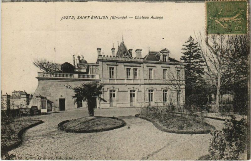 Carte postale ancienne Saint-Emilion - Chateau Ausone à Saint-Émilion