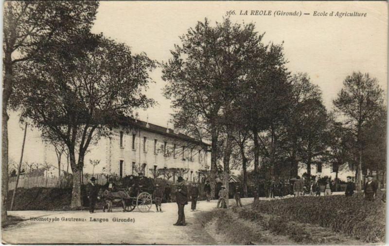 Carte postale ancienne La Reole-Ecole d'Agriculture à La Réole