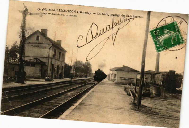 Carte postale ancienne Saint-Sulpice-Izon - La Gare passage du Sud-Express à Izon