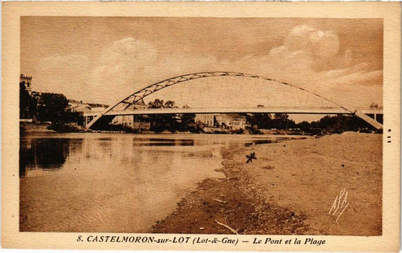 Carte postale ancienne Castelmoron-sur-Lot Le Pont et la Plage à Castelmoron-sur-Lot