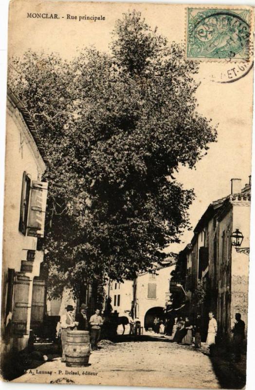 Carte postale ancienne Monclar-Rue principale à Monclar