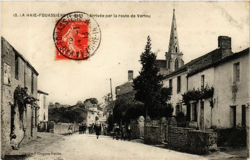 Carte postale ancienne La Haie-Fouassiere - Arrivee par la route de Vertou à La Haie-Fouassière