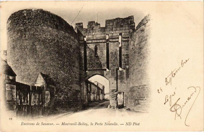 Carte postale ancienne Montreuil-Bellay La Porte Nouvelle à Montreuil-Bellay
