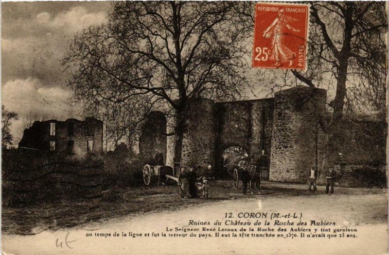 Carte postale ancienne Coron Ruines du Chateau de a Roche des Aubiers à Coron