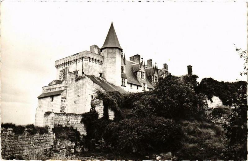 Carte postale ancienne Montsoreau Le Chateau à Montsoreau