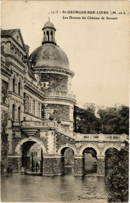 Carte postale ancienne Saint-Georges-sur-Loire Les Douves du Chateau de Serrant à Saint-Georges-sur-Loire