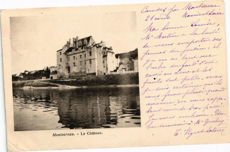 Carte postale ancienne Montsoreau - Le Chateau à Montsoreau