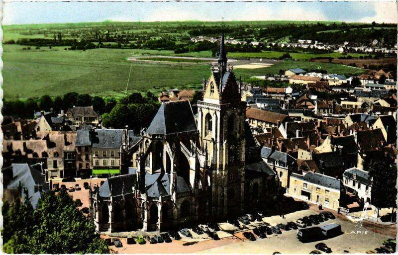 Carte postale ancienne La Ferte-Bernard - Eglise Notre-Dame des Marais à La Ferté-Bernard