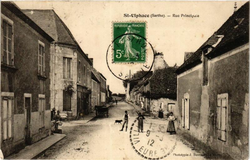 Carte postale ancienne Saint-Ulphace - Rue Principale à Saint-Ulphace