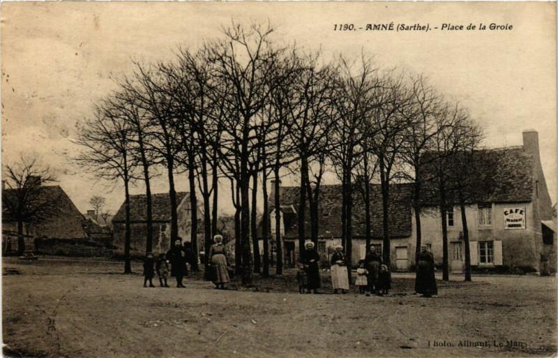 Carte postale ancienne Amne - Place de la Groie à Amné