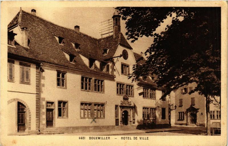 Carte postale ancienne Bouxviller - Hotel de Ville à Villé